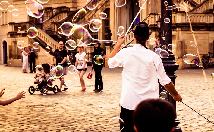 Dance of Bubbles