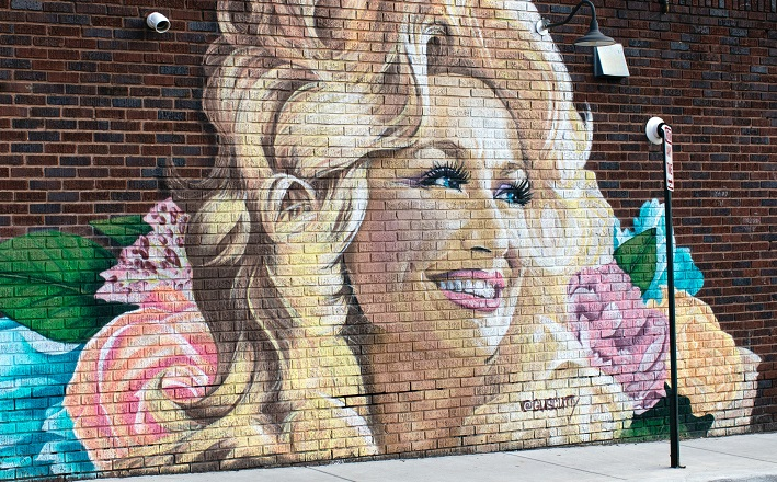Mural of Dolly Parton